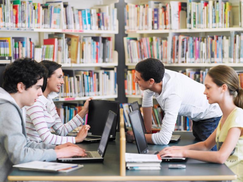 4 Tips Supaya Tidak Menjadi Mahasiswa Abadi